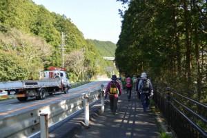 坂津橋(大内山川)先の国道42号線