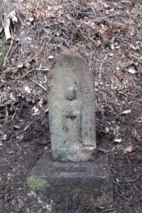 宮川支流、濁川ウォークの下見で発見された行方不明の地蔵(地蔵峠付近)