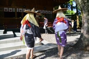 御田植祭を終えて(猿田彦神社)
