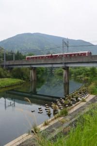 五十鈴川と近鉄五十鈴川橋梁