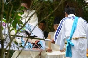 神田御田植初 大団扇破り(大土御祖神社)