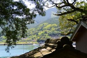 飛鳥神社から望む熊野古道伊勢路 曽根次郎坂の登り口付近(尾鷲市曽根町)