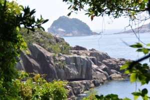 楯ヶ崎遊歩道から望む笹野島方向