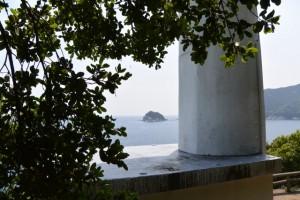 二木島燈台付近から望む笹野島