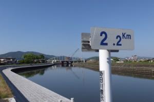 勢田川右岸 2.2kmポスト付近から望む勢田川の上流方向