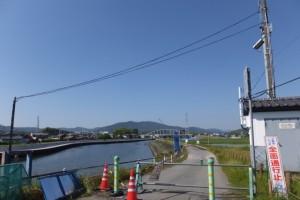 勢田大橋付近から望む勢田川の上流方向