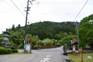 上多気常夜燈、「すぐいせ道」道標付近(伊勢本街道 多気宿)