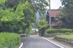 川上山若宮八幡神社への参道(津市美杉町川上)