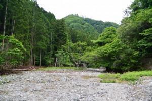 砂防ダム(角支小場広場)