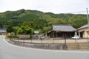 車川八幡神社と観音寺(多気町車川)