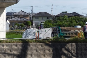 復旧される左岸の田んぼ・・・(勢田川水管橋架設工事)
