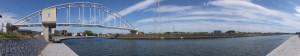 水管橋のある風景(勢田川)