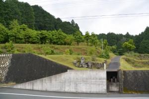 SANCO 古河橋 バスのりば付近の不動尊(県道22号)