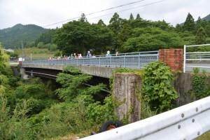 鯉橋の旧親柱