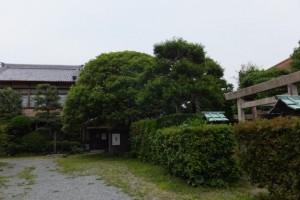 伊勢和紙ギャラリーと三輪神社(大豊和紙工業株式会社)