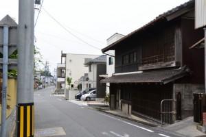 矢田立場(桑名市西矢田町)〜城南神社の途中、左側