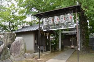 神馬と恵比寿社(赤須賀神明社)