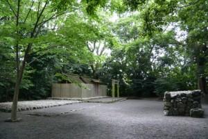 大間国生神社(豊受大神宮摂社)と蕃塀
