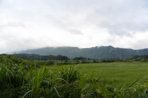 鏡宮神社(皇大神宮末社)の参道入口付近からの風景