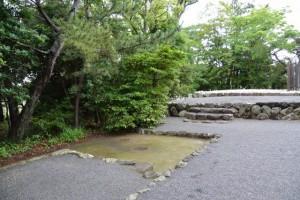 火を焚いた跡(鏡宮神社)