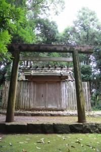 蚊野神社(皇大神宮摂社)、蚊野御前神社(同)を同座