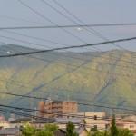 尾根筋が明瞭な朝熊山