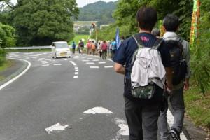 沼木バス 沼木中学校前バスのりば〜雨渕川