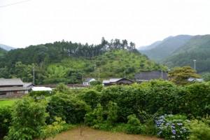 桂林寺前から宮山の遠望(伊勢市横輪町)