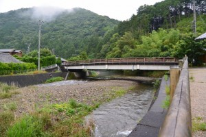 横輪川と共栄橋