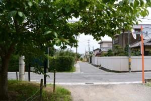 小丹神社付近の十字路(津市上浜町)