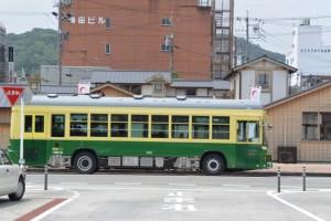 2015年4月1日より路線バスとなった神都バス(伊勢市駅前)