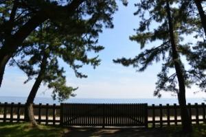 御塩殿神社の二見浦海岸側出入口(通常は閉鎖)