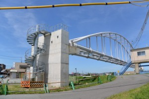 勢田川水管橋