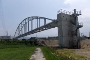 勢田川の水管橋