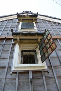 宇須乃野神社(豊受大神宮摂社)付近に建つ蔵