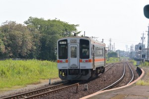 JR参宮線山田上口駅にて見送った回送列車