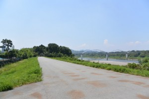 宮川右岸堤防道路から県道22号、伊勢南島線へ
