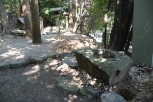 手打ち蕎麦・うどん柿右衛門付近の神社