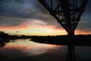 素晴らしい夕景、しかもお気に入りの勢田川水管橋にて