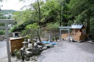 祖霊殿(賀多神社)