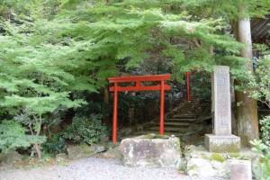 白龍稲荷神社(金刀比羅宮鳥羽分社 境内末社)