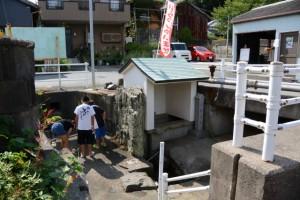 弘法井戸、洗い場(鳥羽市)