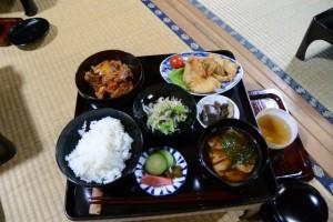 農業体験 田植、稲刈りした新米を食べよう!(むかしのくらし博物館)