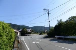 櫃井原神社への丁字路(大紀町金輪)