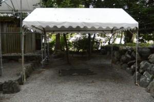打懸神社(豊受大神宮末社)の隣に立てられたテント