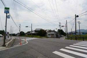 (2)-17 石燈籠(常夜燈兼道標)付近の交差点