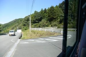 県道22号から旧道への入口(南中村側)