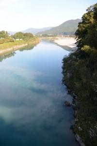 久具都比売橋から望む宮川の下流側