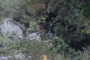 久具都比売橋(宮川)から望む「姫の鬢水入れ」