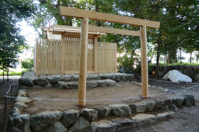 鳥居が建てられた打懸神社(豊受大神宮末社)